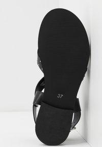 Topshop - Sandalias de dedo - black - 6