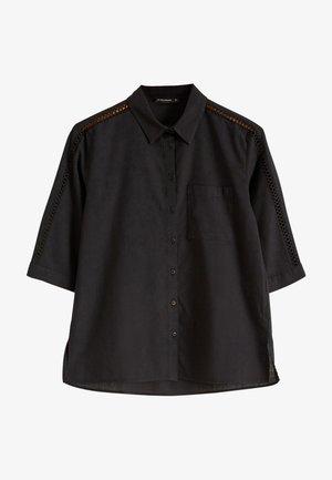 MIT TASCHENDETAIL - Button-down blouse - black
