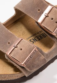 Birkenstock - ARIZONA - Kapcie - tabacco brown - 5