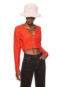 Pepe Jeans - DUA LIPA X PEPE JEANS - Cardigan - bright orange - 0