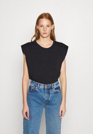 MONTERIO - T-shirt basic - black
