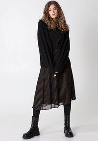Indiska - ROS LUREX - A-line skirt - black - 1