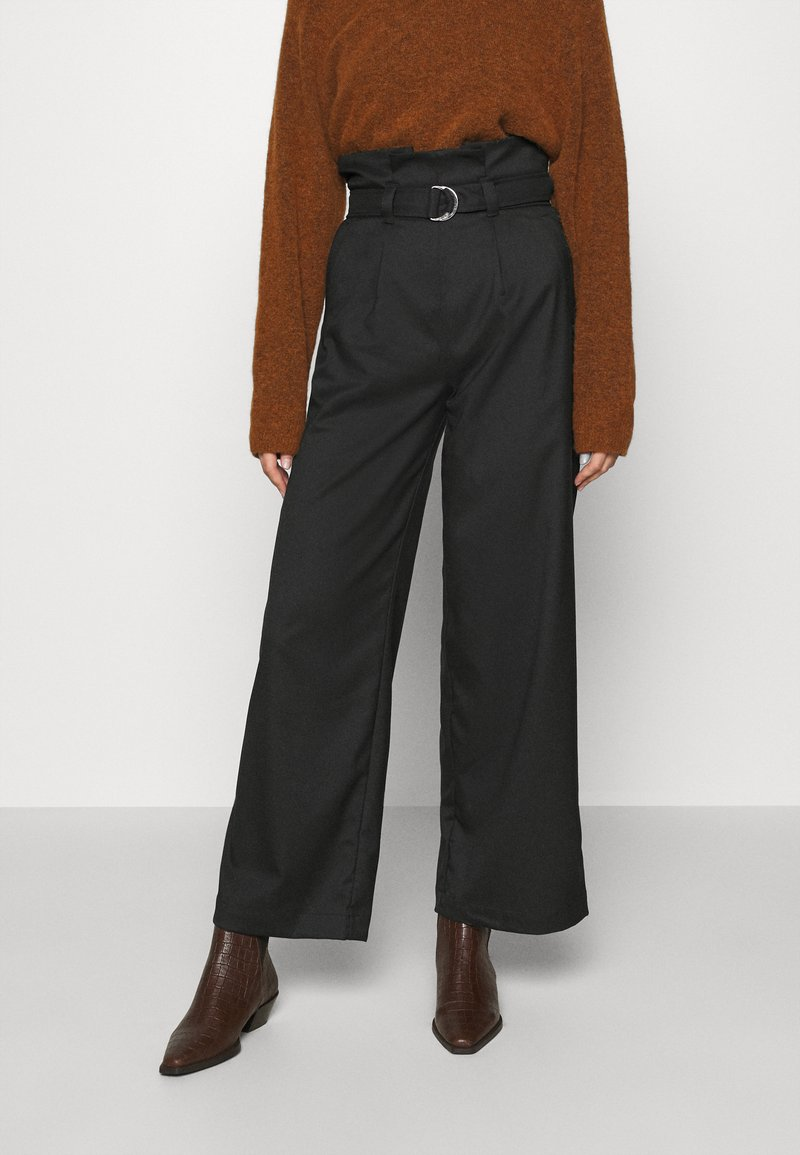 Monki - VERA TROUSERS - Trousers - black