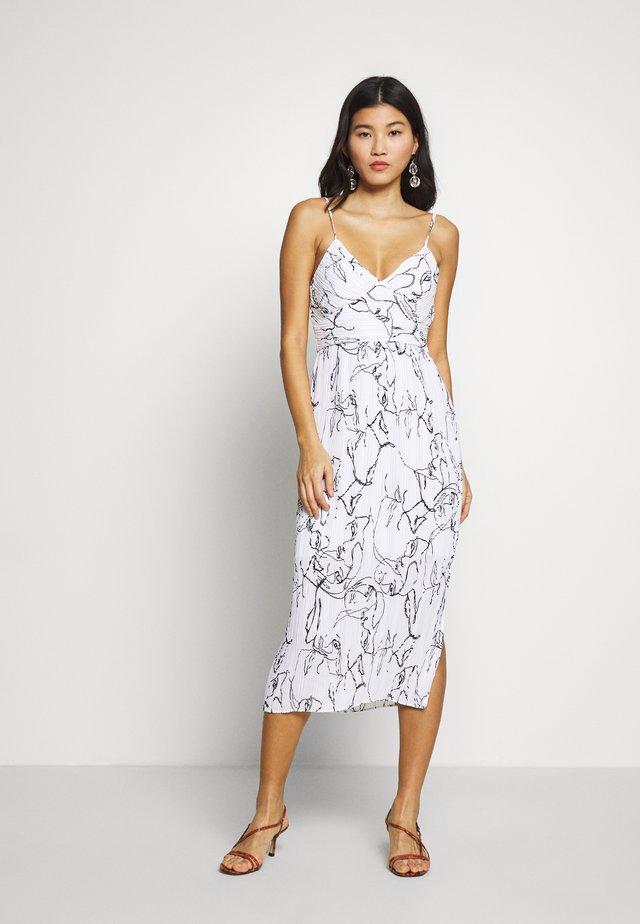 STRAPPY MIDI SHEATH PRINT - Day dress - white