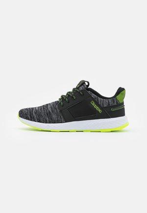 FEENY - Chaussures d'entraînement et de fitness - black/lime