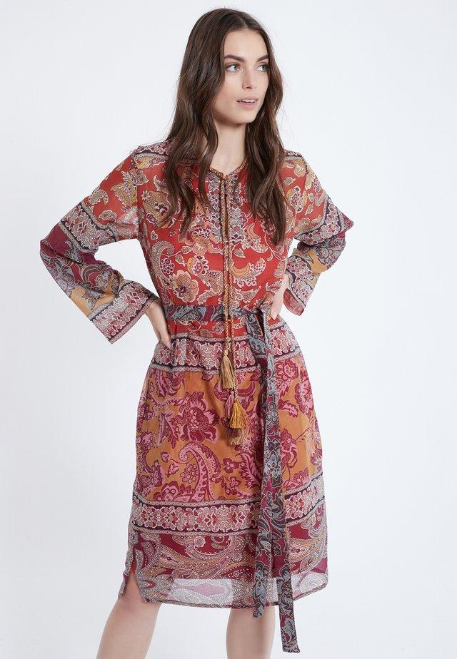 APRA - Korte jurk - multi-coloured