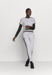 Kappa - INAMA - Pantaloni sportivi - mottled grey - 1