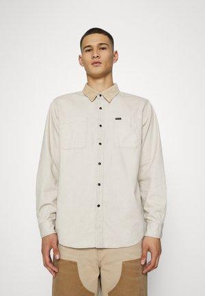BOWERY - Overhemd - beige denim