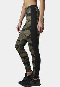Urban Classics - Leggings - Trousers - woodcamo/blk - 2