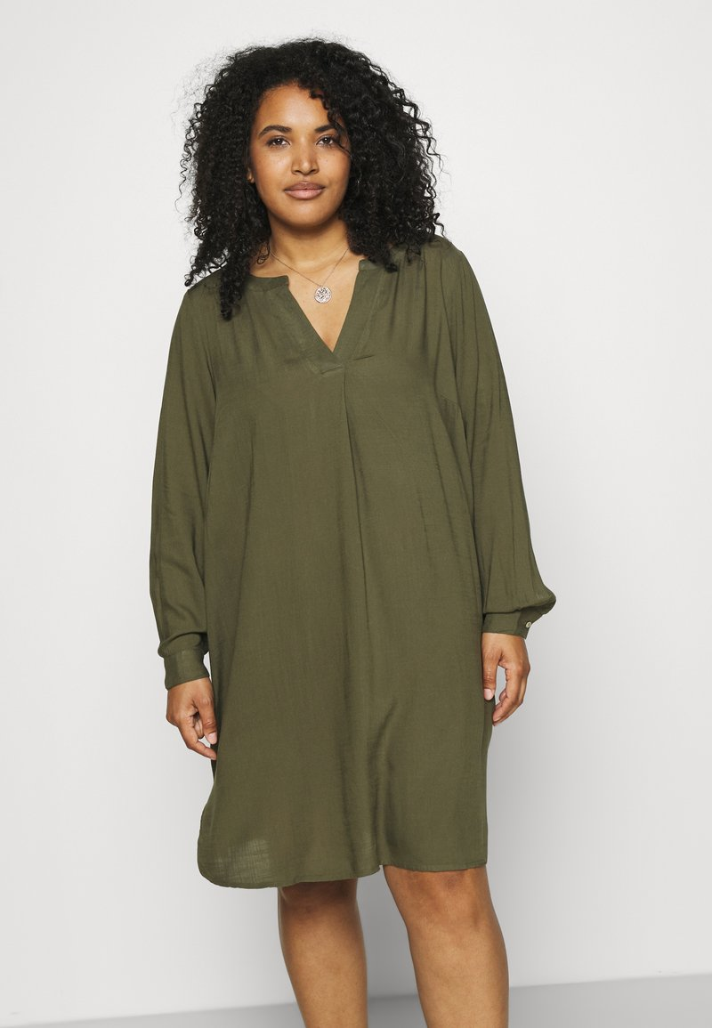 Zizzi - KNEE DRESS - Day dress - ivy green