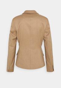 HUGO - ADIRE - Blazer - pastel brown - 9