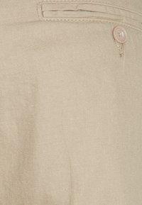 Weekday - ARBUS TROUSERS - Chino kalhoty - beige - 2