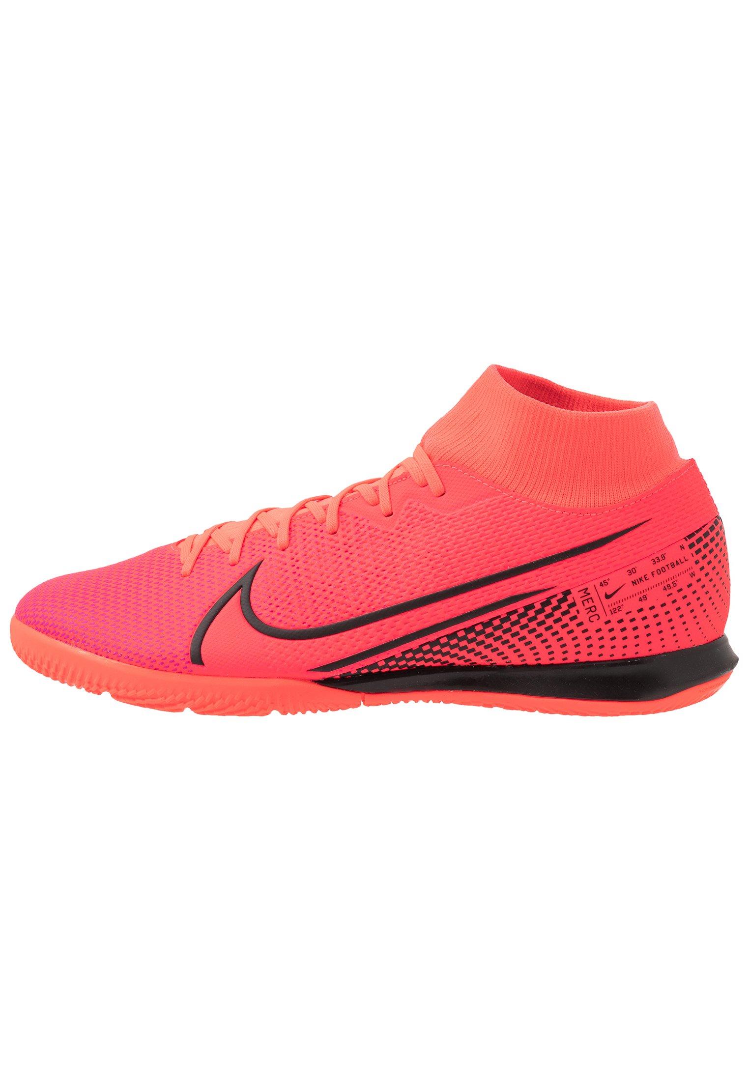 chaussure footsalle nike