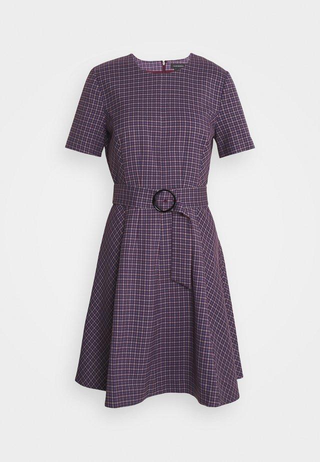 SEAMED FLARE HEM - Sukienka letnia - purple