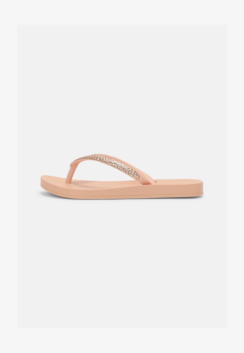 Ipanema - KIDS - Sandály s odděleným palcem - light pink/rose