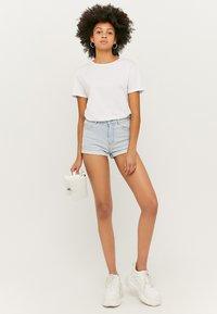 TALLY WEiJL - Denim shorts - blue - 1