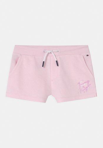 SCRIPT PRINT  - Shorts - pink breeze