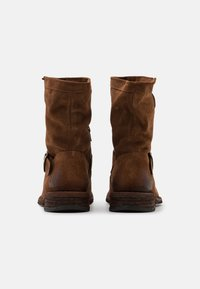 Felmini Wide Fit - GREDO - Cowboy/biker ankle boot - marvin brown - 3