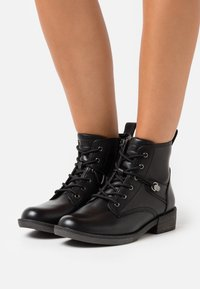 Tamaris - Ankle boot - black - 0