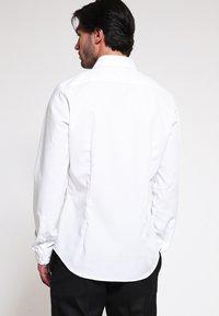 Seidensticker - Skjorter - weiss - 2