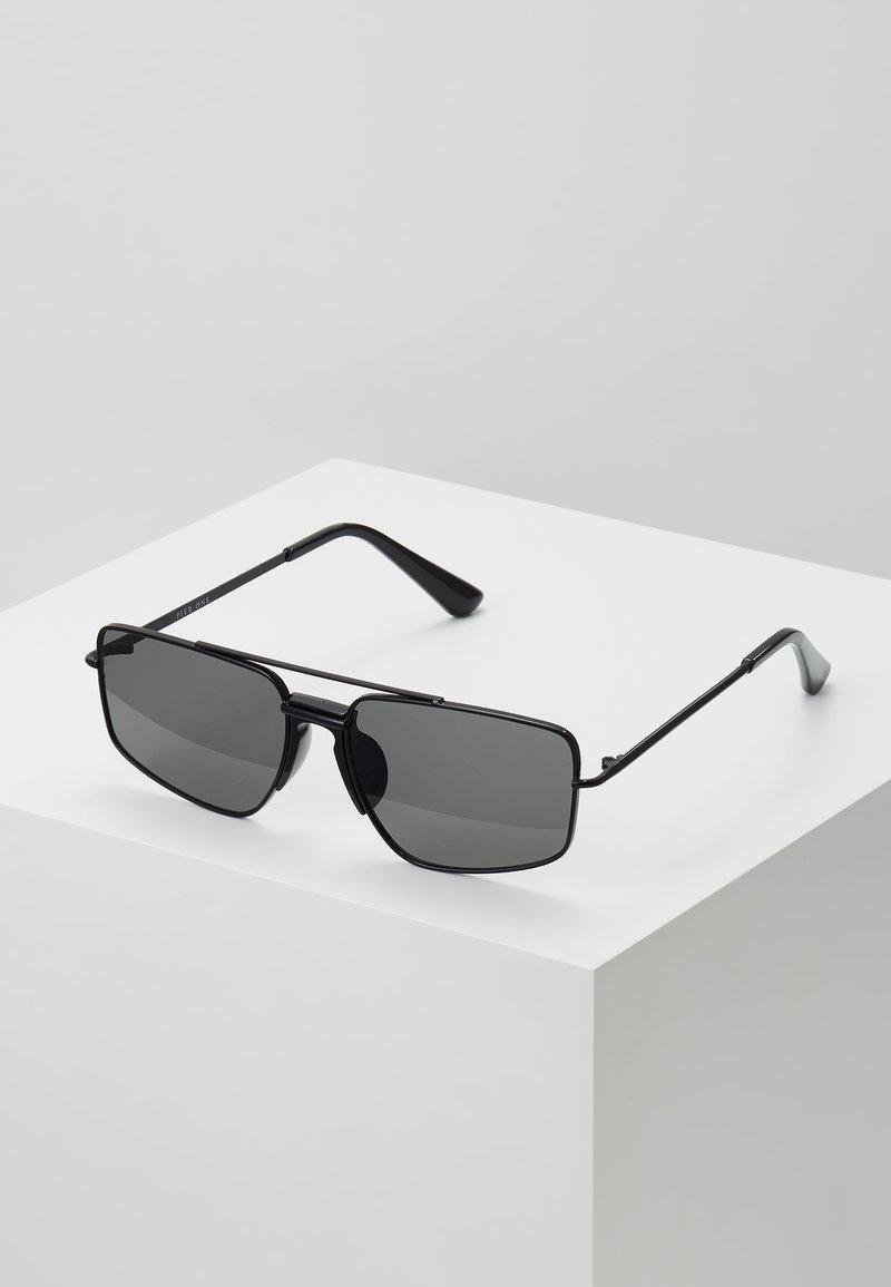Pier One - UNISEX - Sluneční brýle - black