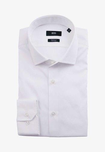 REGULAR FIT  - Formal shirt - weiß