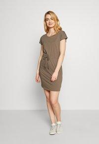 Vero Moda Tall - VMAPRIL SHORT DRESS 2 PACK - Jersey dress - khaki/rose - 3