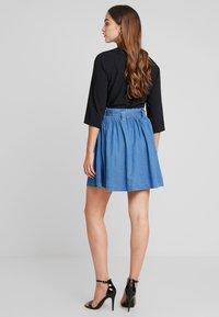 Vila - VIBISTA SHORT SKIRT - A-line skirt - dark blue denim - 2