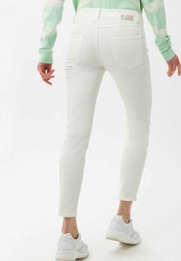 BRAX - STYLE ANA S - Jeans Skinny Fit - off-white - 2
