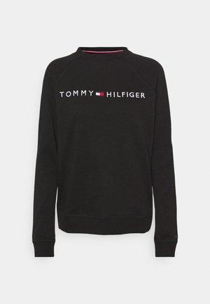 ORIGINAL TRACK - Pyjama top - black