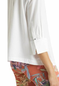 Marc Cain - Button-down blouse - weiss - 2