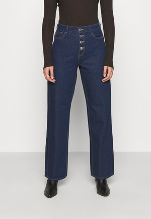 ONLMOLLY BLIFUTTON WIDE LEG - Flared jeans - dark blue denim