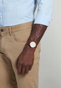 Daniel Wellington - CLASSIC ST MAWES 36MM - Horloge - rose gold-coloured - 1