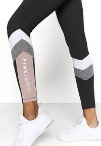 Pink Soda - HAVANA - Leggings - black/white/grindle - 3