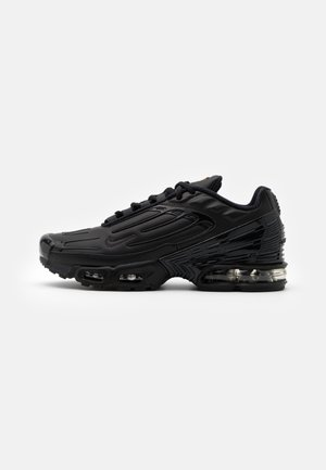 AIR MAX PLUS III UNISEX - Sneaker low - black/dark smoke grey