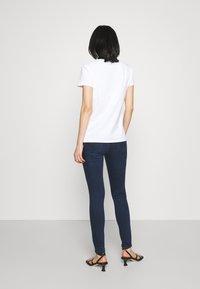 Patrizia Pepe - PANTS - Jeans Skinny Fit - parade blue wash - 2