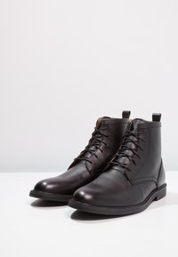 Zign - LEATHER - Šněrovací kotníkové boty - black - 2