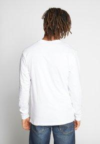 Santa Cruz - SANTA CRUZ UNISEX CLASSIC DOT TEE - Pitkähihainen paita - white - 2