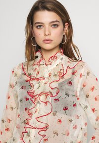 Lost Ink - RUFFLE FRONT PRINTED BLOUSE - Bluser - multi - 3