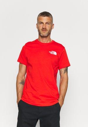 IC CLIMB GRAPHIC TEE - T-Shirt print - fiery red