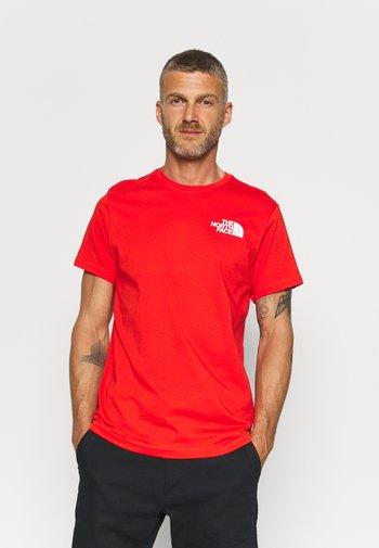 IC CLIMB GRAPHIC TEE - Print T-shirt - fiery red