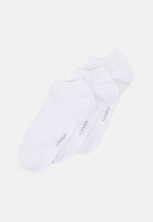 SOLID ESSENTIAL STEP SOCK 3 PACK - Sukat - white