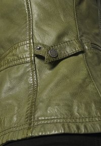 Oakwood - IOTA - Leather jacket - khaki - 5