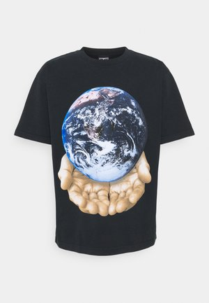 OUR PLANET IS IN YOUR HANDS - T-shirt con stampa - off black