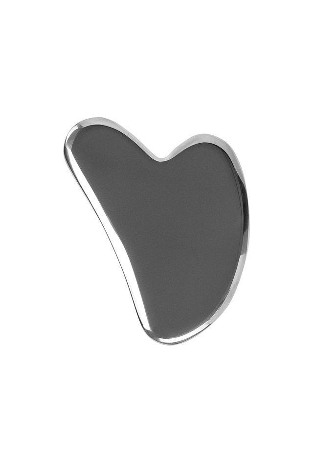 GUA SHA - STAINLESS STEEL - Skincare tool - chrome