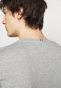 Les Deux - ENCORE  - Print T-shirt - grey melange - 3