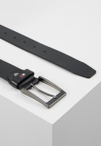 Tommy Hilfiger - LAYTON ADJUSTABLE - Belt - black - 2