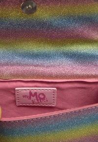 myMo KIDS - Taška spříčným popruhem - regenbogen - 3