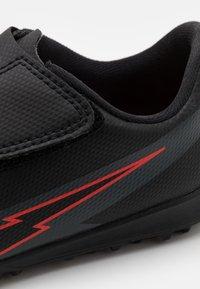 Nike Performance - MERCURIAL JR VAPOR 13 CLUB TF UNISEX - Astro turf trainers - black/dark smoke grey - 5