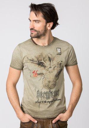 URSCHREI - Print T-shirt - sand